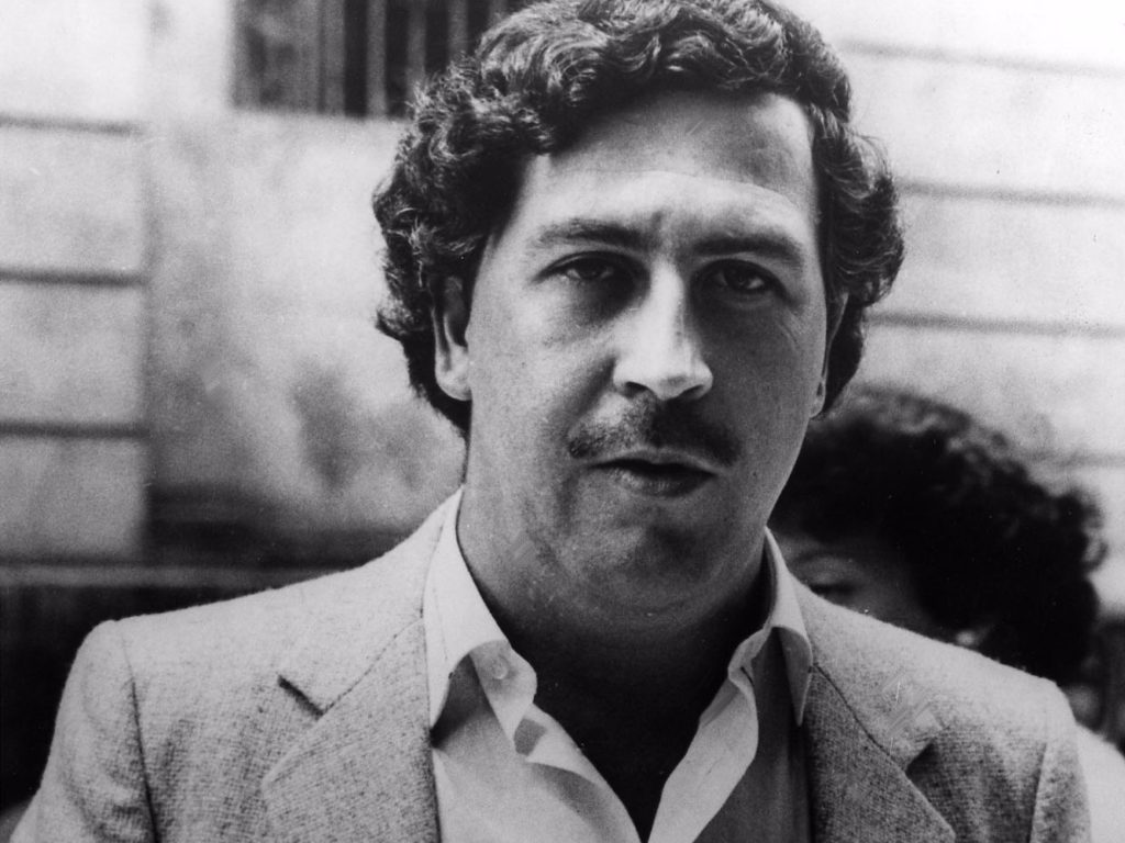 legendary-drug-lord-pablo-escobar-lost-21-billion-in-cash-each-year-and-it-didnt-matter